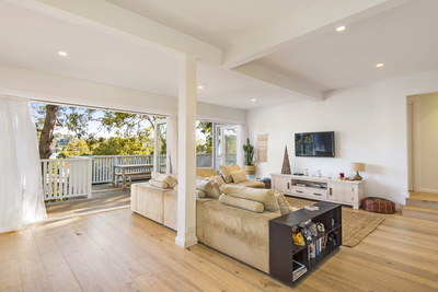 Palm Beach Lifestyle - Two great homes, one title