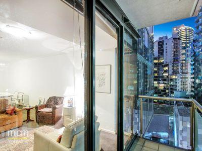 Spacious Southbank Living, Super City-Edge Location