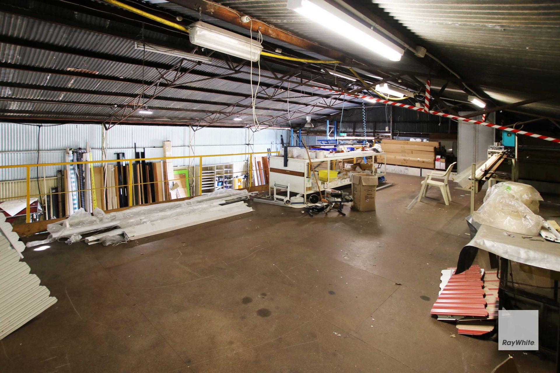 Prime Freestanding Warehouse Opportunity