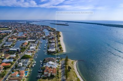 Modern Apartment - Blue Chip Location - Broadwater Foreshore