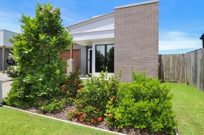 Immaculate, Low-maintenance Home!