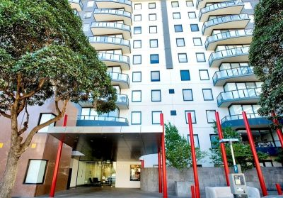 Parkside: Ground Floor - Modern and Spacious Apartment in South Melbourne!