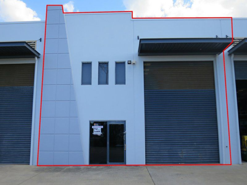 Modern High Clearance Industrial Warehouse Close To M1