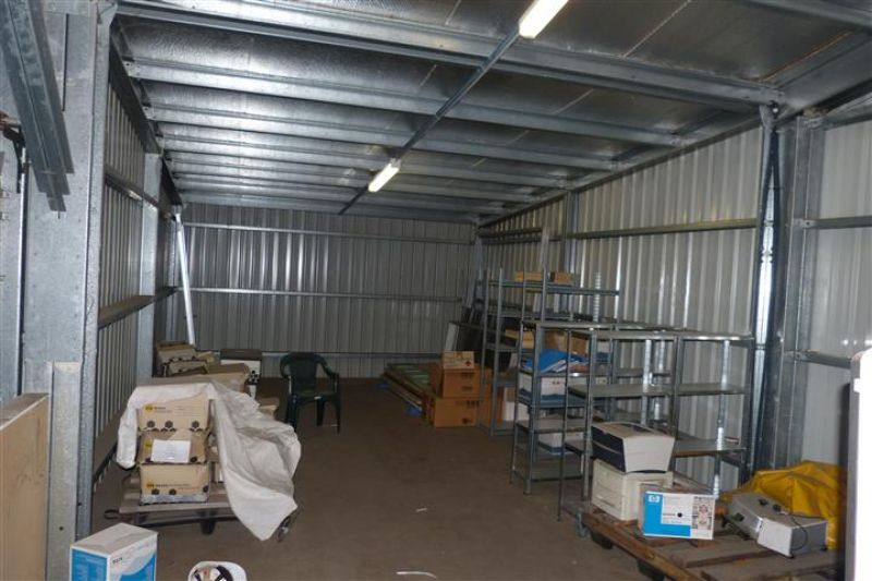 INDUSTRIAL UNIT FOR SALE!!!