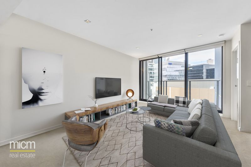 Surprising Space and Sophisticated Style In Docklands Finest Location