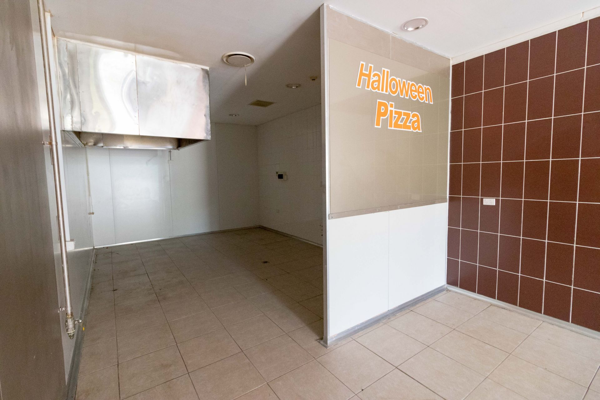 Affordable Takeaway Shop For Lease