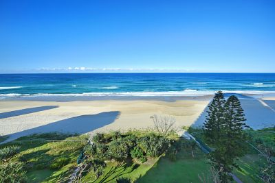 Absolute Beachfront, Fully Renovated and Amazing Views
