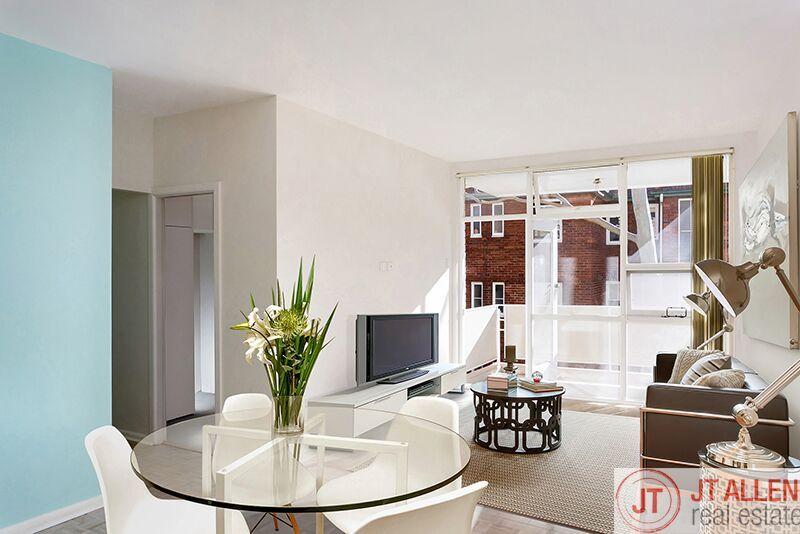 Freshly Renovated 2 Bedroom Located Minutes to Bondi Beach & Bondi Junction