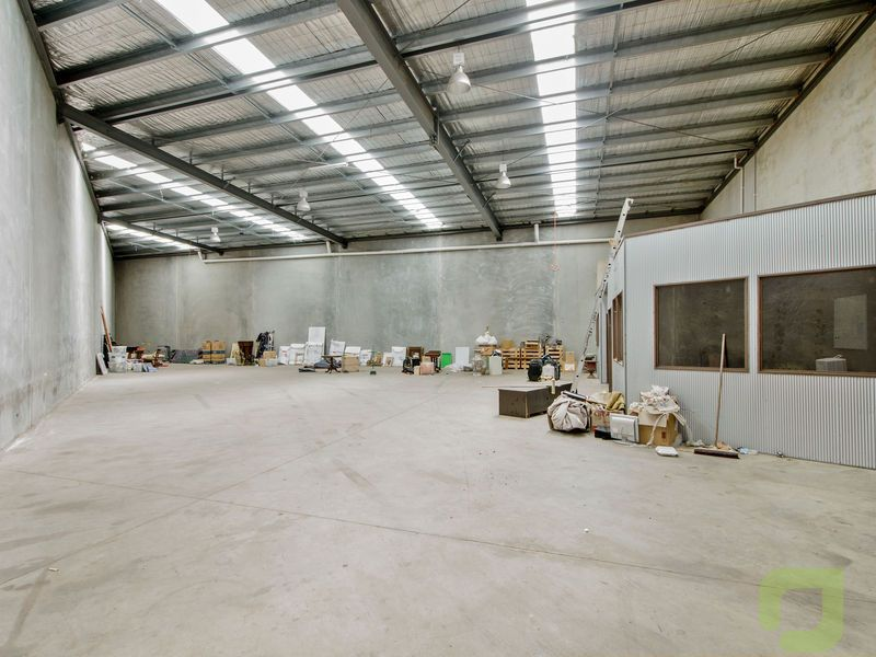 WAREHOUSE SPACE!