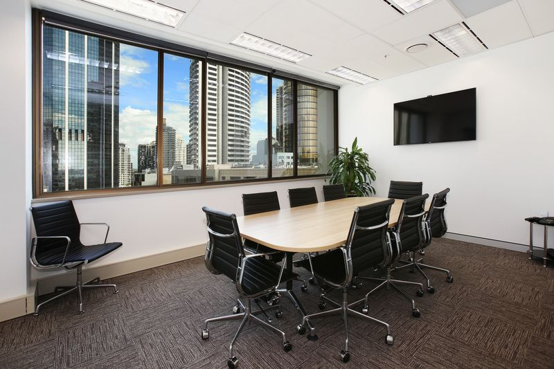 HIGH-QUALITY FITTED OFFICE IN THE HEART OF THE FINANCIAL CORE