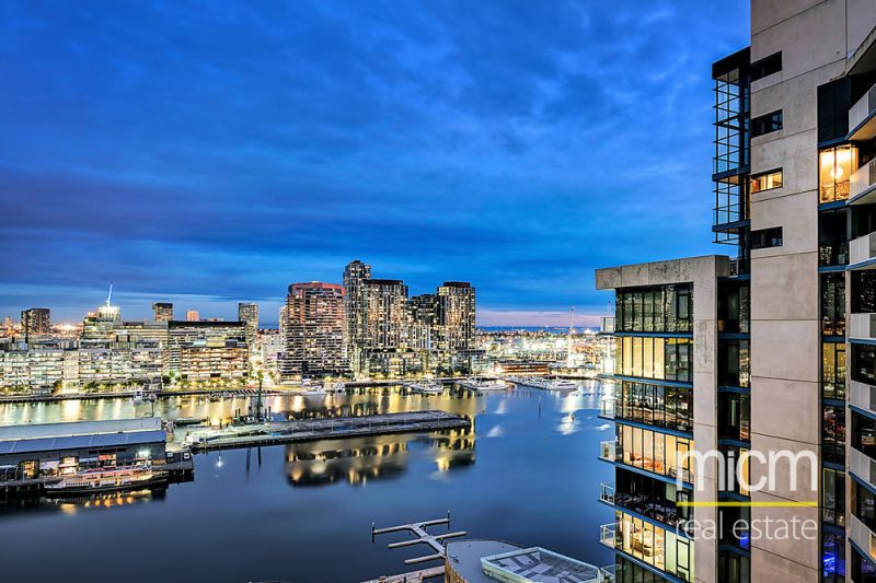 Awe-Inspiring Docklands Living in Palladio