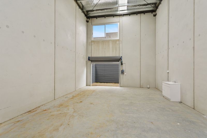 ARCHITECTURALLY DESIGNED WAREHOUSES IN SEAFORD'S NEWEST PREMIER ESTATE!