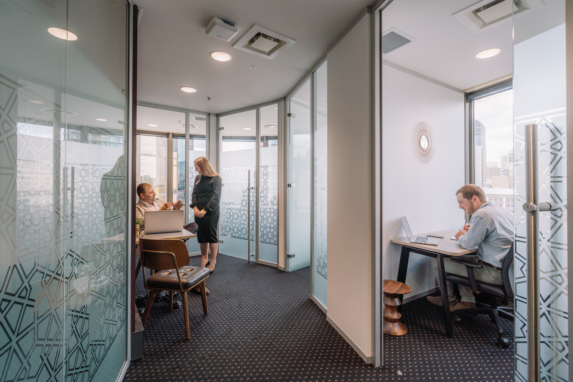 A collaborative workspace for 10 people in the award-winning Nishi Building