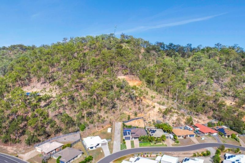 For Sale By Owner: 7 Southern Cross Close, Telina, QLD 4680