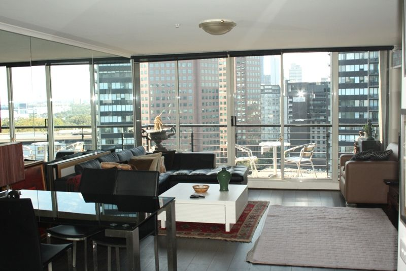 Southbank Condos: 18th Floor - PARTIALLY FURNISHED - Stylish And Practical!