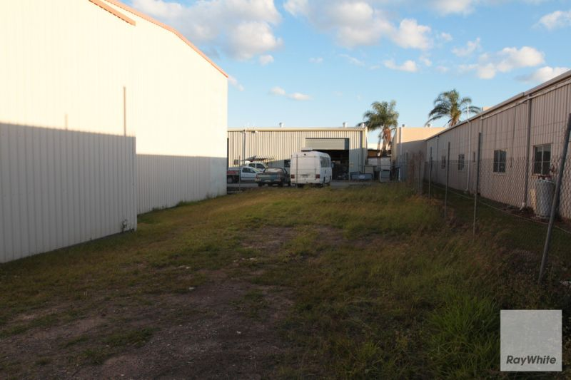 338m2 Warehouse Facility Located in Burpengary