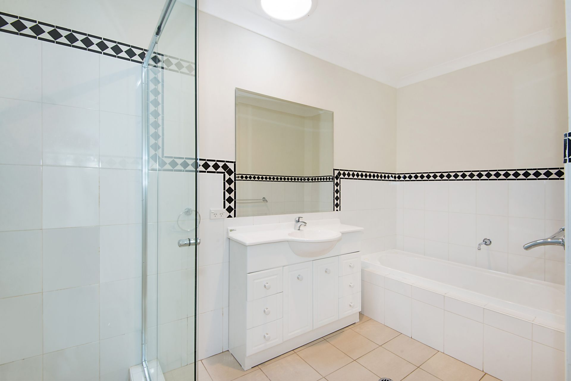 2 Valadon Place, Baulkham Hills NSW 2153