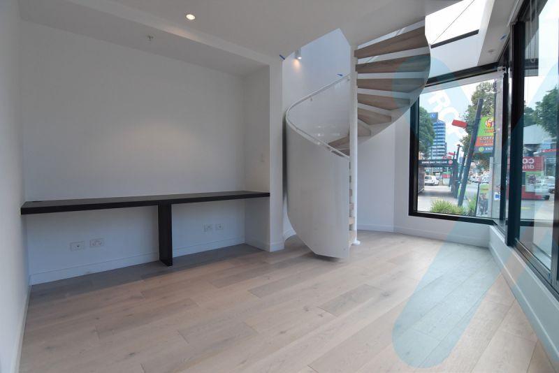 Stylish Three Bedroom Apartment!