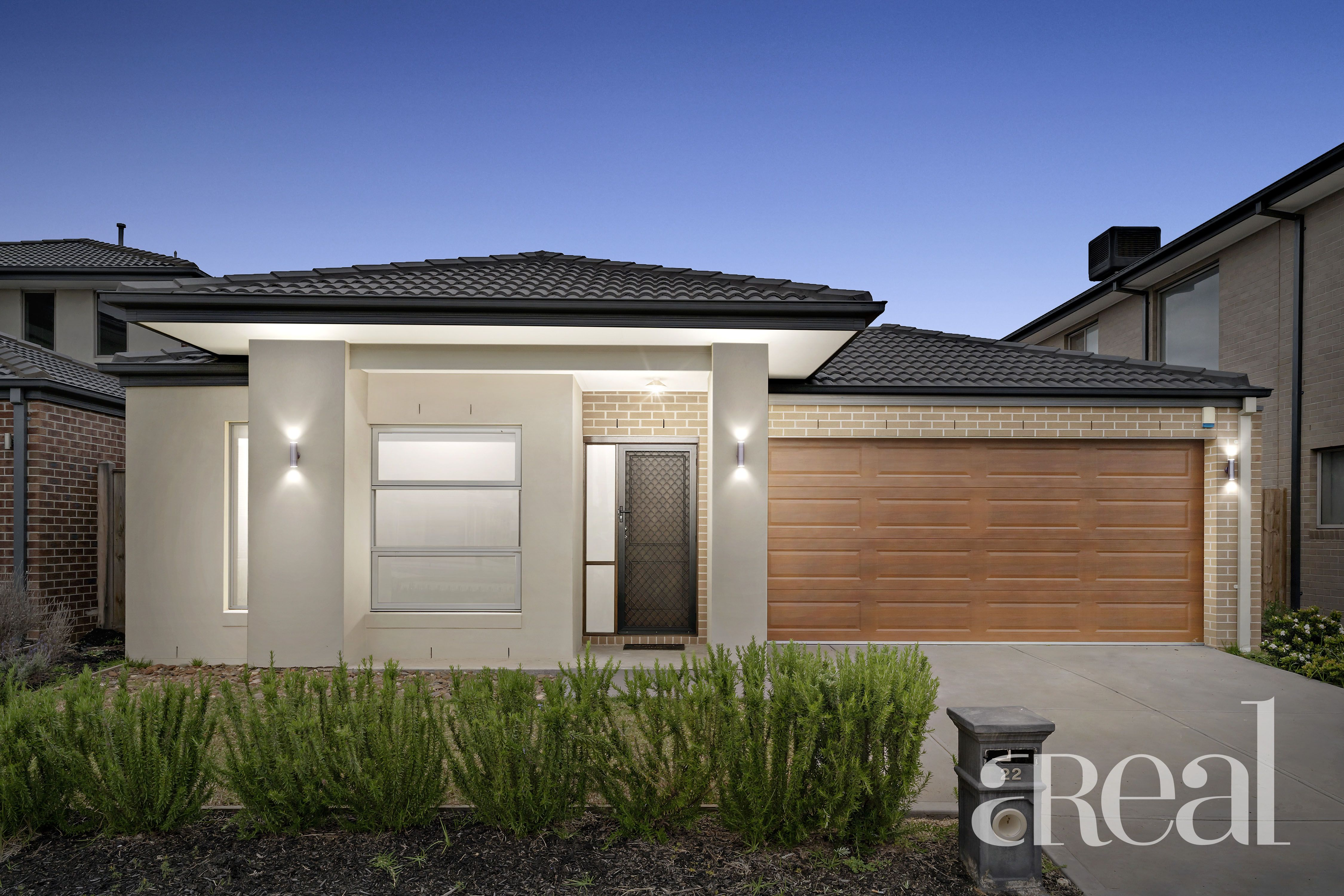 22 Roundhay Crescent, Point Cook VIC 3030