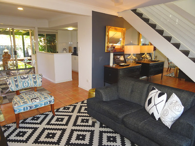 IMMACULATE 3 BEDROOM TOWNHOUSE - END UNIT