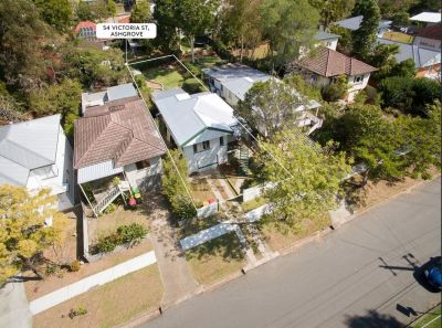 Beautiful Family Home In Great Location -  5kms to CBD