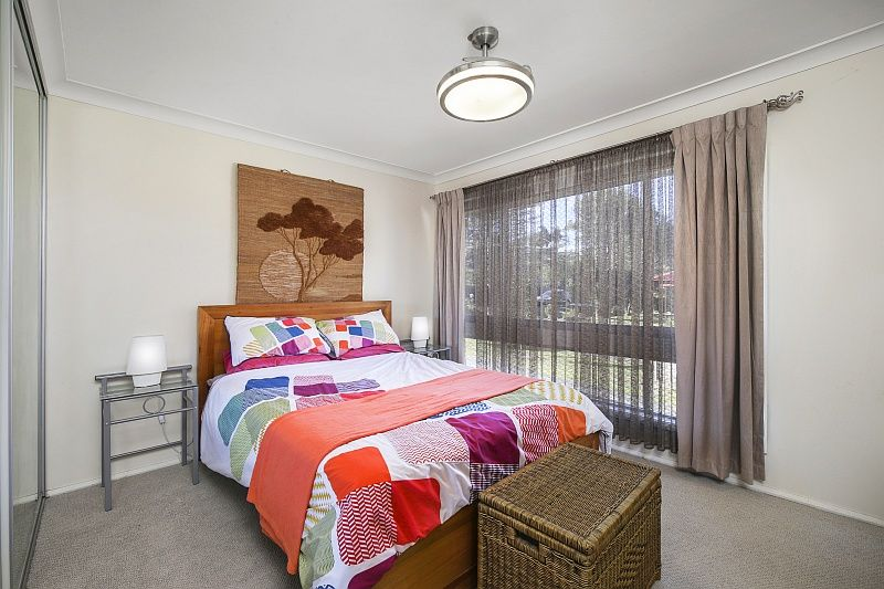7 Noonan Point Avenue Point Clare 2250