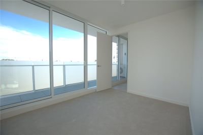 Spacious Two Bedroom Apartment in the Heart of South Yarra!