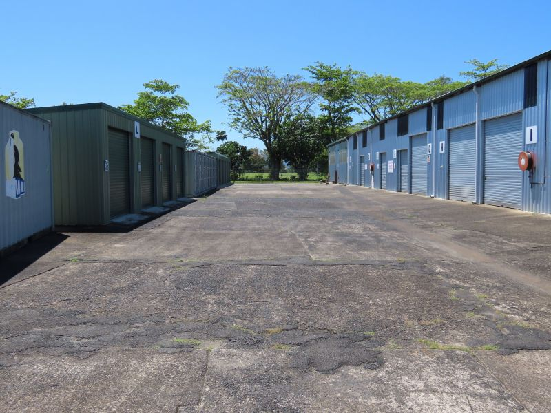 Commercial Property For Sale: 10-12 Lauire Street, Goondi Bend, QLD 4860