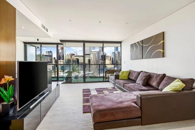 Fully furnished abode on Yarra's Edge