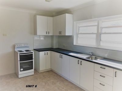 Spacious Two Bedroom Apartment in Fantastic Location! NEW Kitchen. LUG available