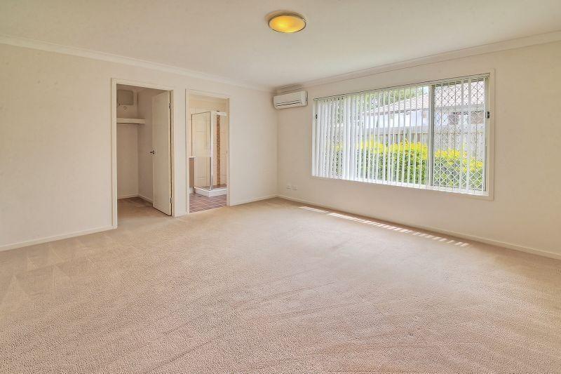 Private Rentals: Calamvale, QLD 4116