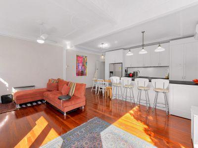 Modern Transformation on Spacious Art Deco Apartment