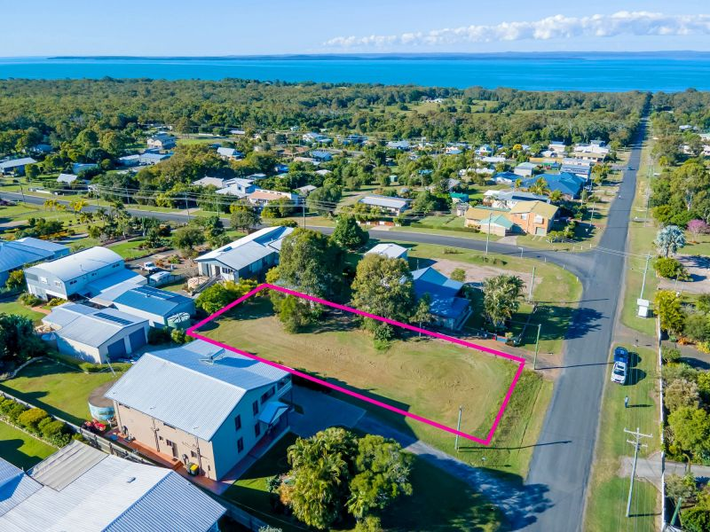 12 Pacific Drive Booral, Qld
