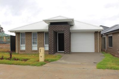 Denham Court, 20 Fanflower Avenue