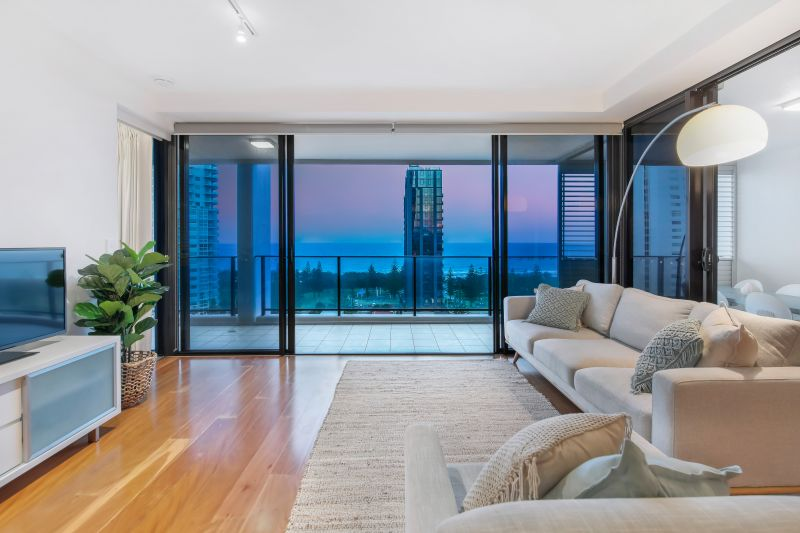 Coastal Serenity – East facing Apartment with Ocean Views