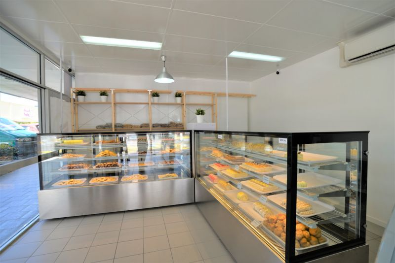 BRAND NEW PATISSERIE BUSINESS IN BUSY SHOPPING COMPLEX