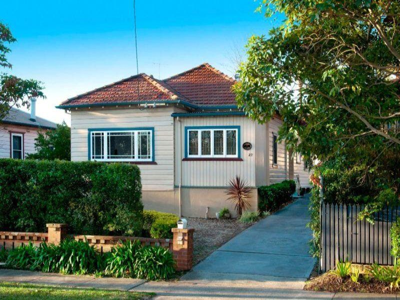 AWESOME 2 BEDROOMS IN GREAT LOCATION