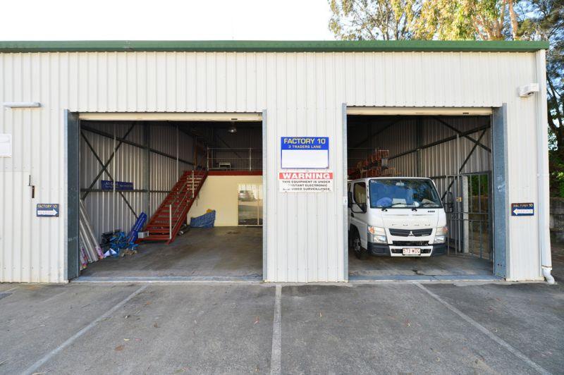 Office Warehouse In Noosaville For Under $20K