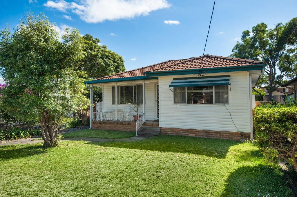 29 Warwick Street Blackwall 2256