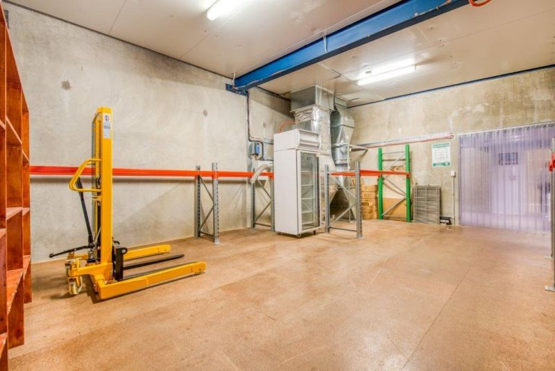 FOOD PRODUCTION FACILITY AND DEHYDRATION ROOMS