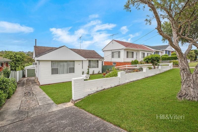 28 Eighth Avenue, Loftus NSW 2232
