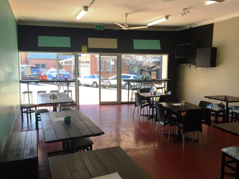 Wyong CBD location! Cafe with fit out! Ready now!