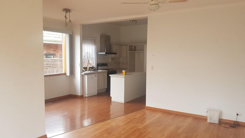 Private Rentals: 18 Field St, Bentleigh, VIC 3204