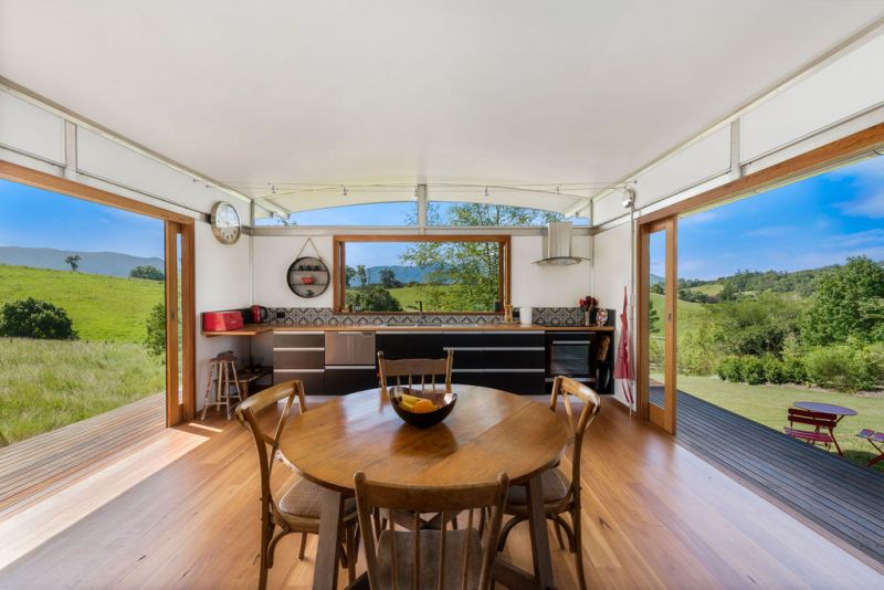 Ecoshelta Home with spellbinding Views. Vendors have purchased elsewhere & are open to offers