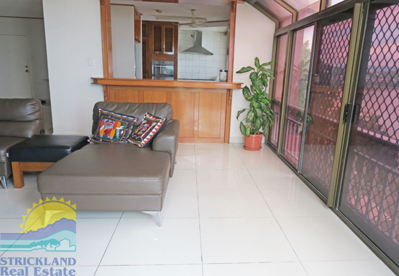 Experience The Lifestyle on Paga Hill! Bayview U2