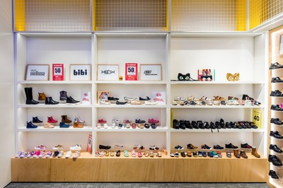 Excellent retail shoe business in Glen Waverley - Ref: 10436