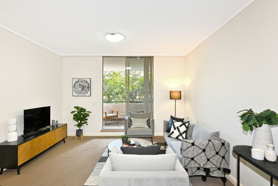 379/4 The Crescent, Wentworth Point