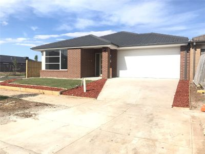 FIRST CLASS TENANT WANTED! Brand New 4 Bedroom Family Home!