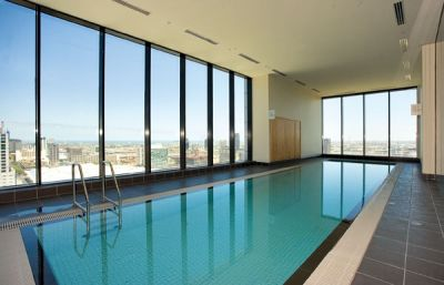 Mondriane - Fabulous One Bedroom In The Heart of The CBD!