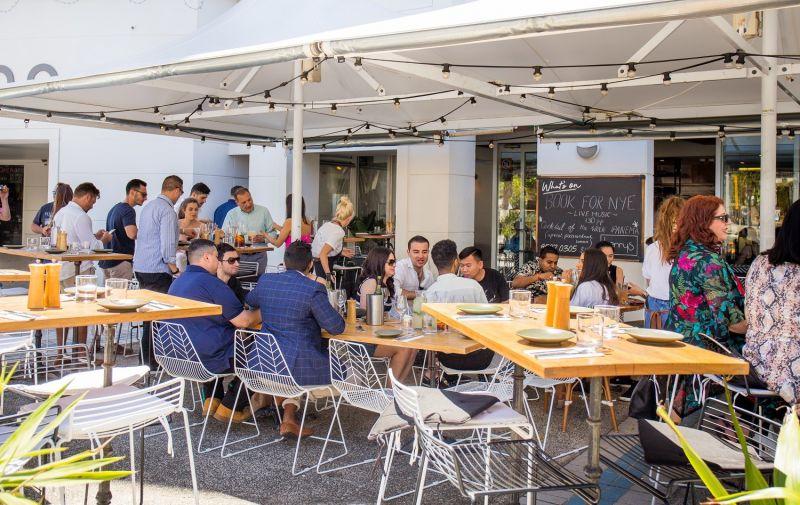 BUSINESS FOR SALE - Restaurant/Bar